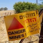 Minen überall links und rechts neben Wanderwegen auf Golanhöhen