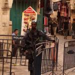 überall Polizei nach den letzten Ausschreitungen am Tempelberg